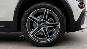 Mercedes-Benz GLB200 AMG Line Premium - Wheels