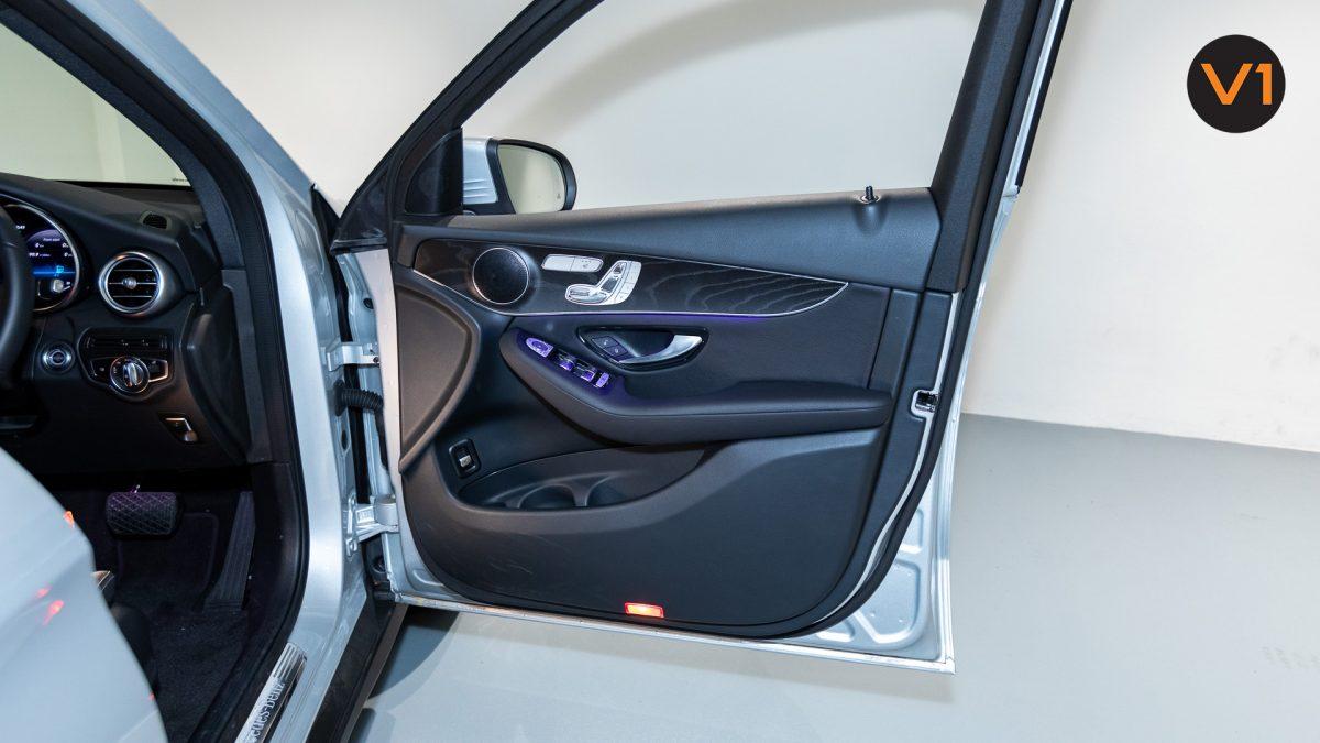 Mercedes-Benz GLC200 SUV - Front Door