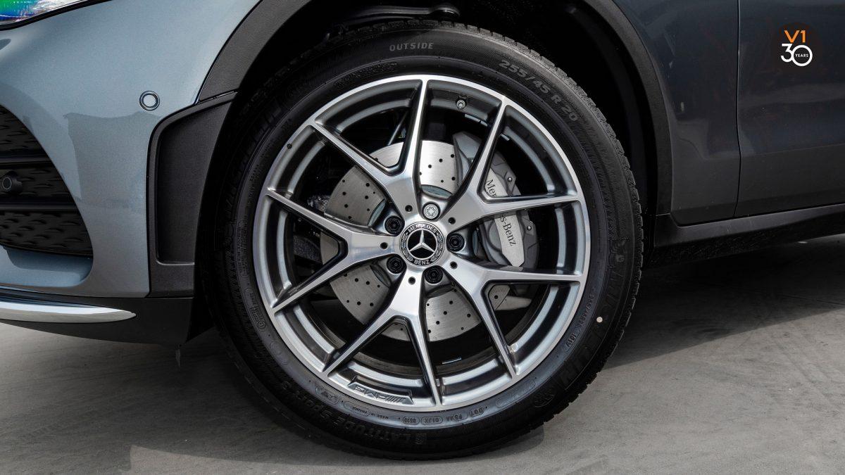 Mercedes-Benz GLC300 4MATIC AMG Premium Plus - Wheel