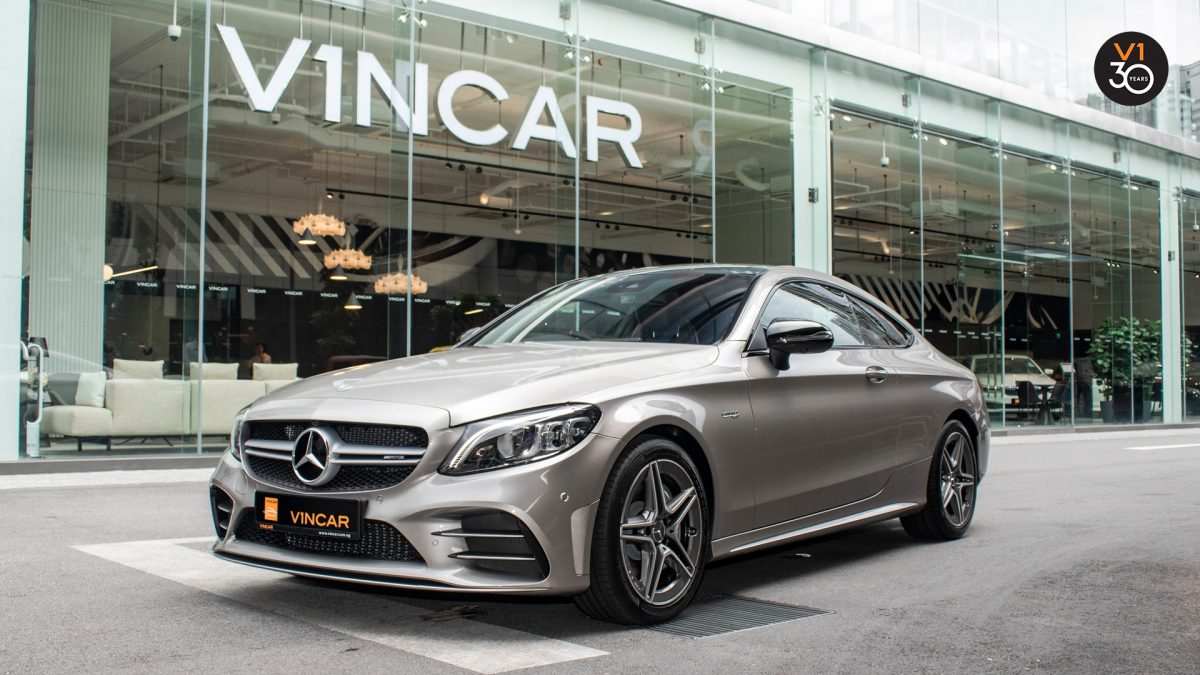 Mercedes C43 Coupe 4MATIC AMG - Front Angle