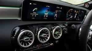 Mercedes CLA180 Coupe AMG Premium Plus - Screen