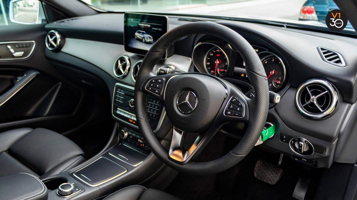 Mercedes GLA200 Sports - Interior Dash