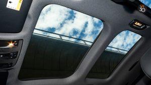 Mercedes GLA200 Sports - Sunroof