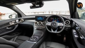 Mercedes GLC300 Coupe 4MATIC AMG Premium Plus - Dashboard