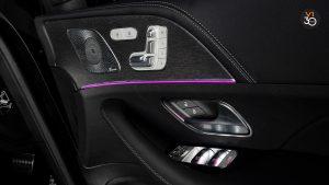 Mercedes GLE450 AMG 4Matic Premium Plus - Front Seat Armrest