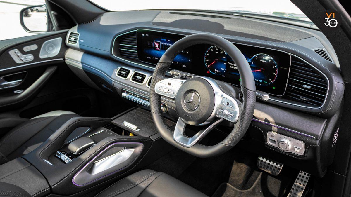 Mercedes GLE450 AMG 4Matic Premium Plus - Steering Wheel 2