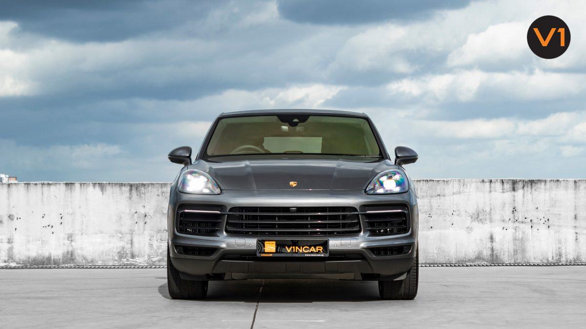 Porsche Cayenne Coupe - Front Direct