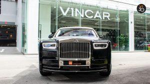 Rolls-Royce Phantom Extended Wheelbase - Direct Front