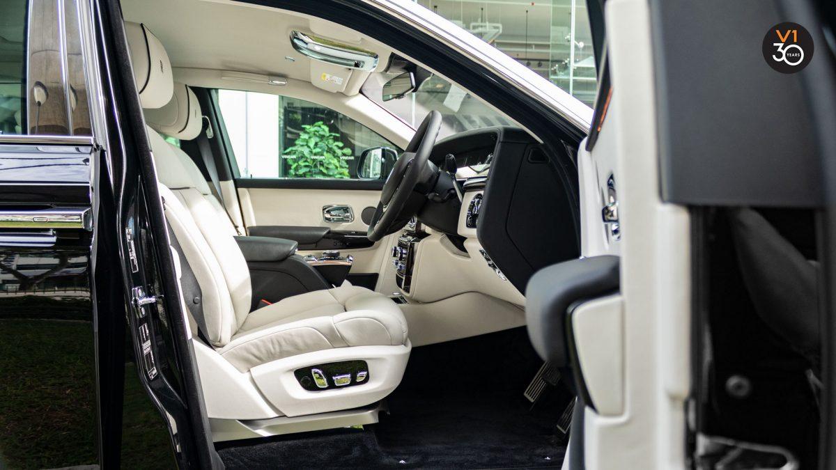 Rolls-Royce Phantom Extended Wheelbase - Driver Seat