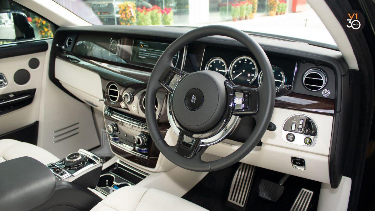Rolls-Royce Phantom Extended Wheelbase - Steering Wheel