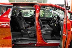 Toyota Alphard 2.5S 7 Seater - Interior Seats