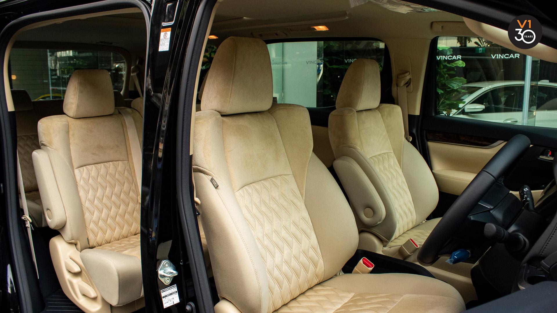 Toyota Alphard 2.5X (8 Seater) - Driver Seat