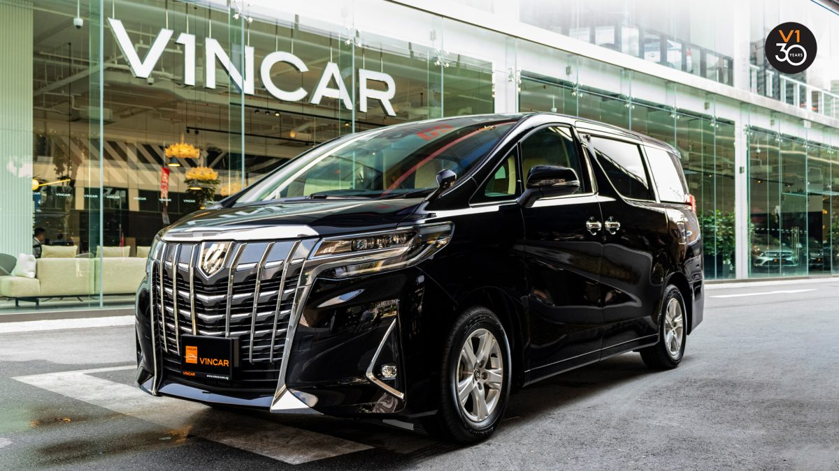 Toyota Alphard 2.5X (8 Seater) - Front Angle