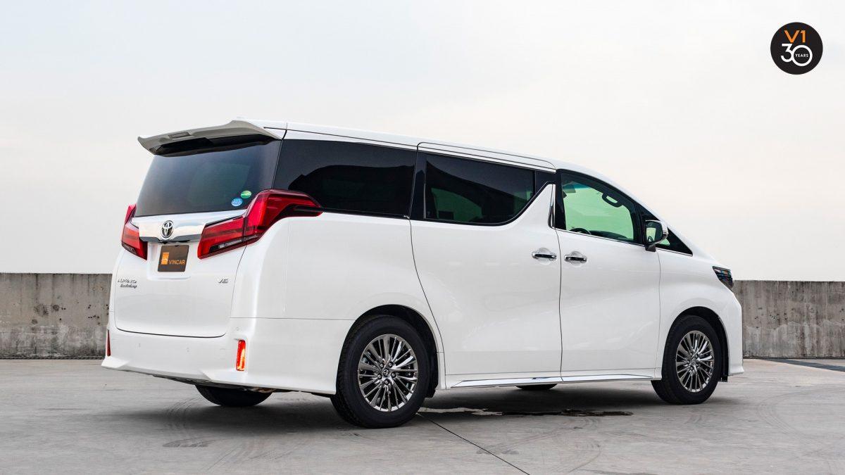 Toyota Alphard 3.5 Executive Lounge - Rear Side Angle