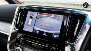 Toyota Alphard 3.5 Executive Lounge - Screen