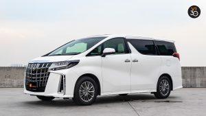 Toyota Alphard 3.5 Executive Lounge - Side Profile