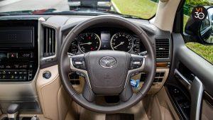 Toyota Land Cruiser 4.6 AXG (8-Seater) - Steering Wheel