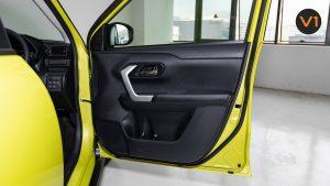 Toyota Raize 1.0 XS - Door Interior