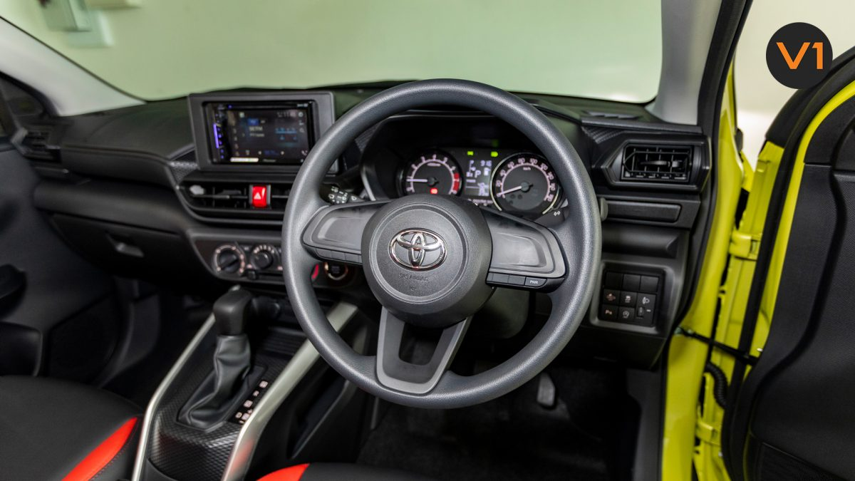Toyota Raize 1.0 XS - Steering Wheel