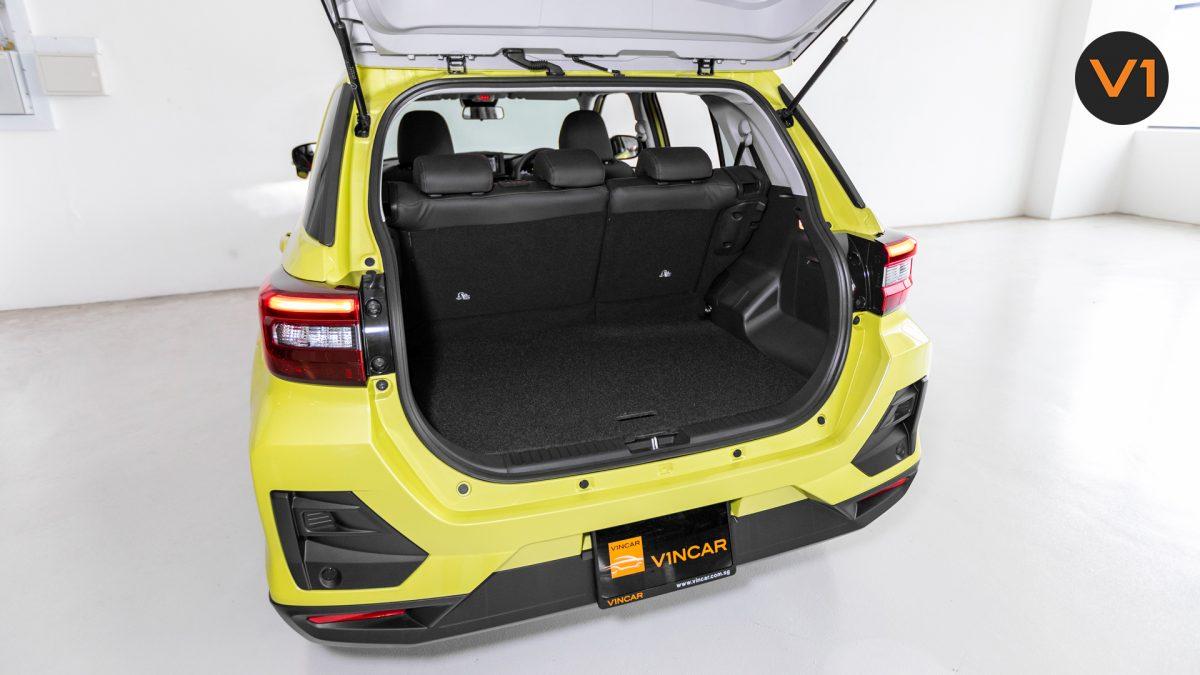 Toyota Raize 1.0 XS - Trunk