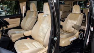 Toyota Vellfire 2.5X Welcab - Passenger Seats
