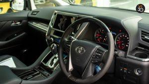 Toyota Vellfire 2.5Z G - Steering Wheel