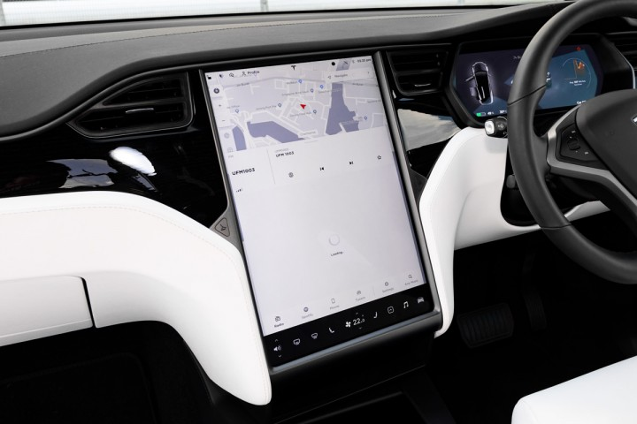 Tesla Model X 100D - Media Display Photo