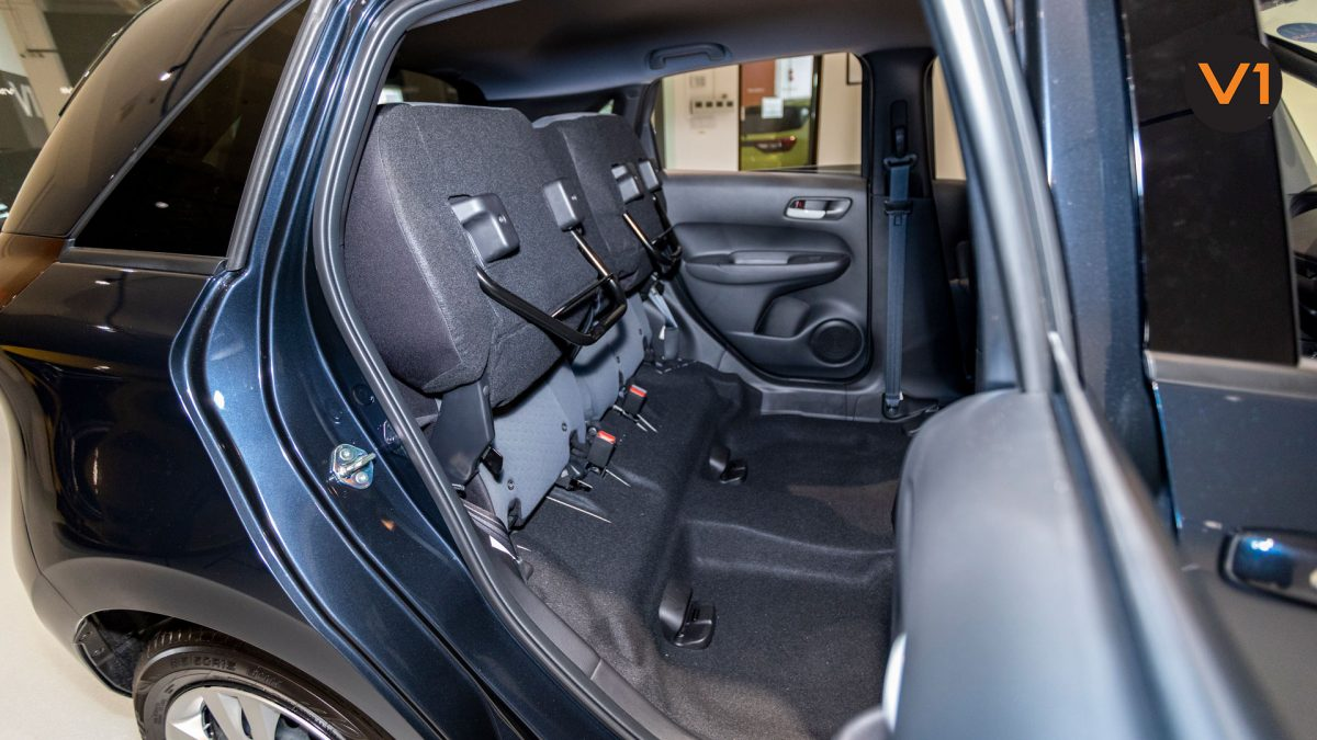 2020 Honda Fit 1.3A - Foldable Back Seat