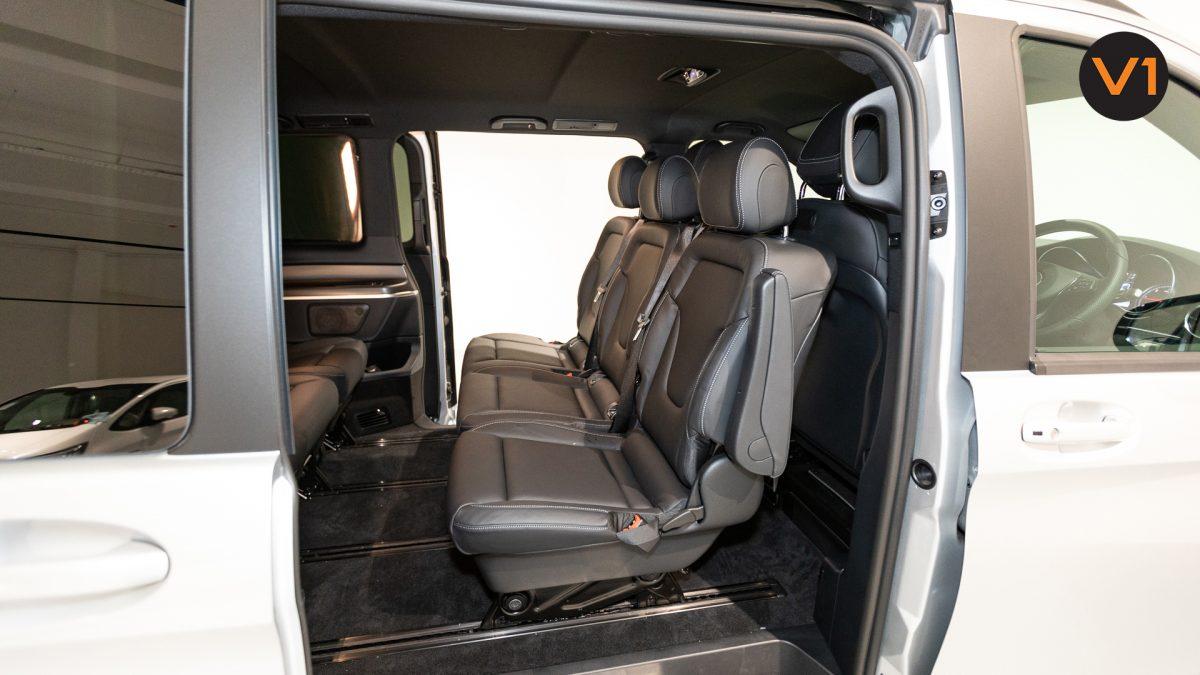 Mercedes-Benz V300D Extra Long AMG Line - Back Seat(1)