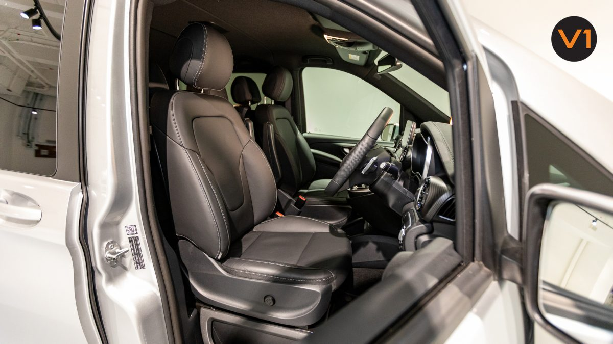 Mercedes-Benz V300D Extra Long AMG Line - Driver Seat