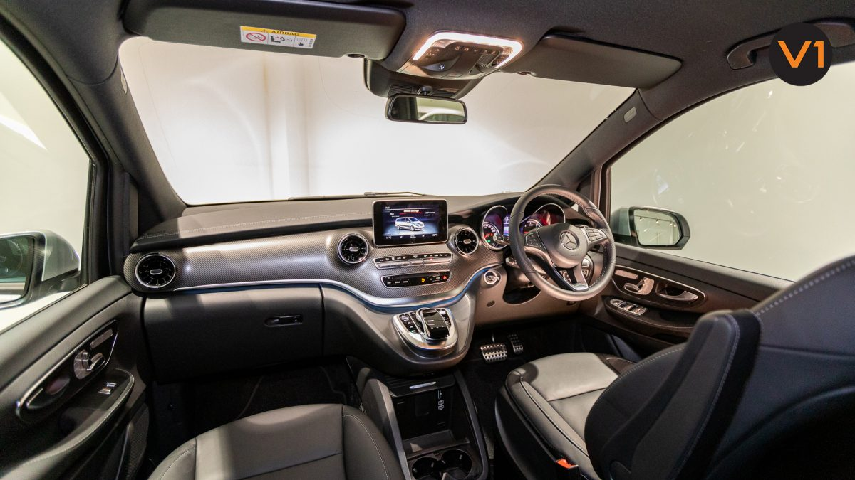 Mercedes-Benz V300D Extra Long AMG Line - Interior Dashboard