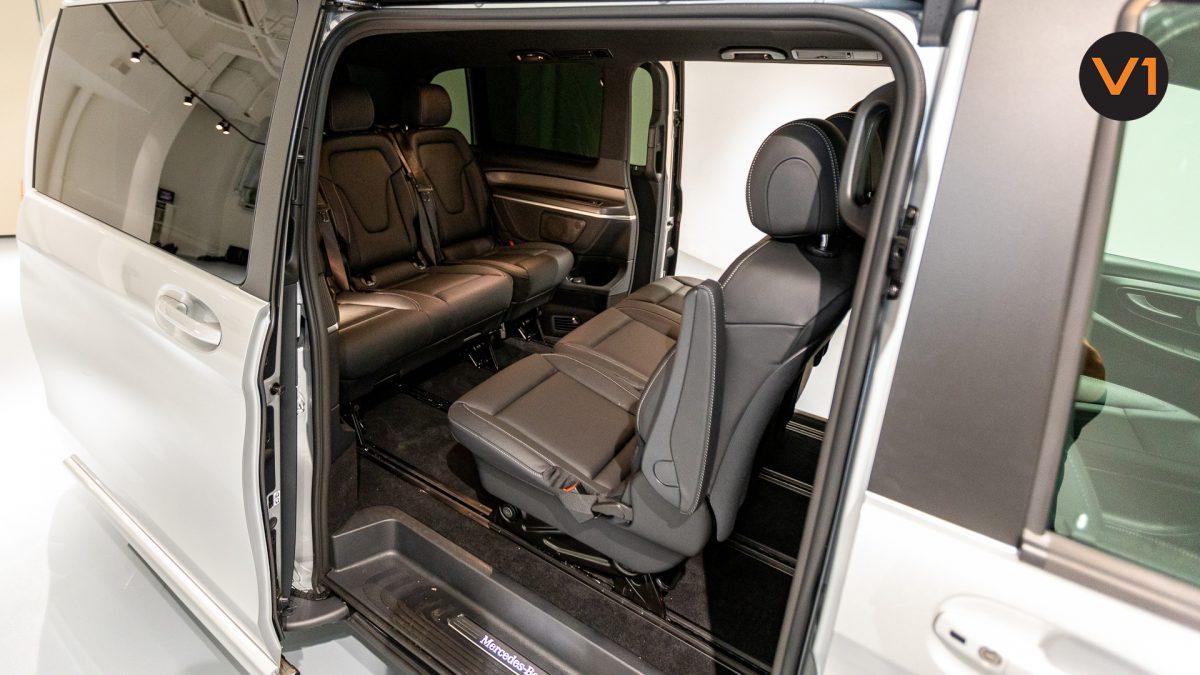 Mercedes-Benz V300D Extra Long AMG Line - Passenger Seats