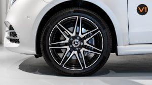Mercedes-Benz V300D Extra Long AMG Line - Wheels