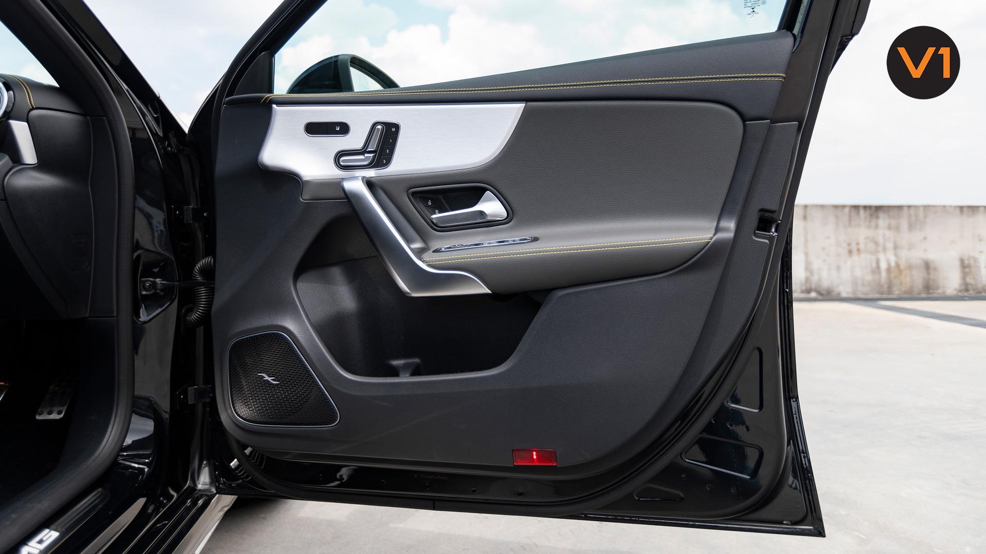 2020 Mercedes-AMG A45 S 4MATIC+ Plus - Door
