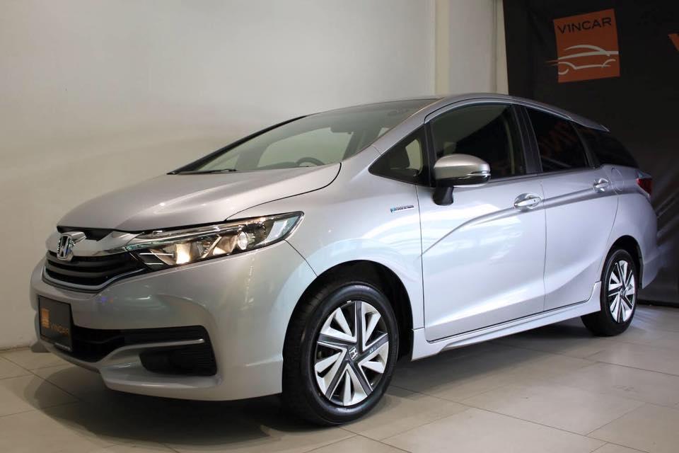 Available variants of Honda Shuttle