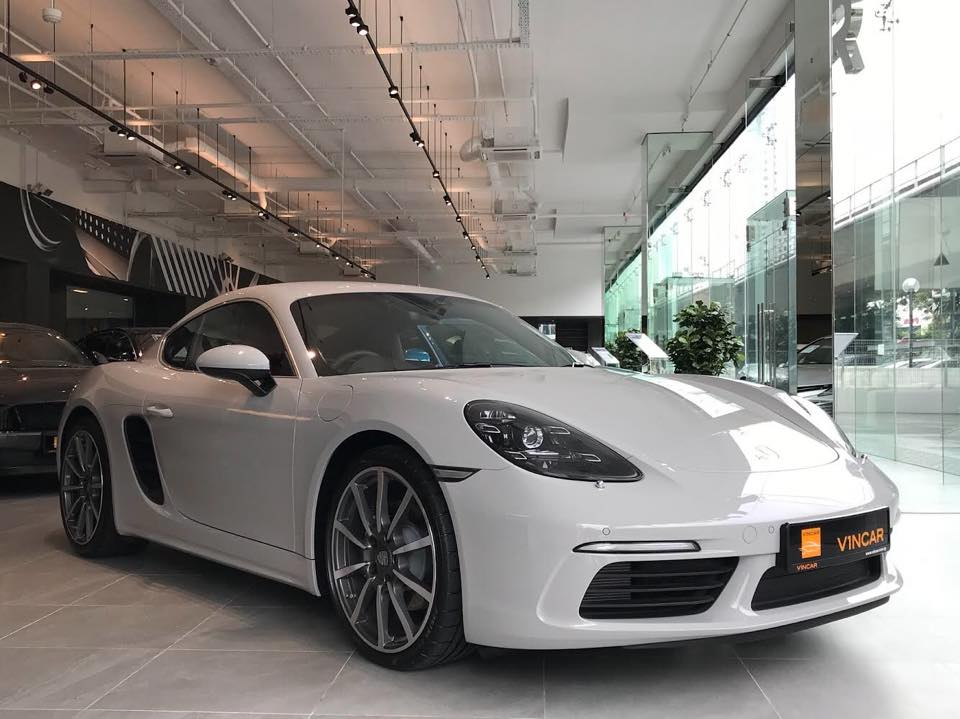 Check out this understated yet stylish color of Porsche Cayman
