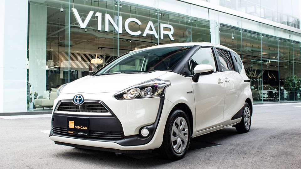 Compact and Economical Toyota Sienta Hybrid