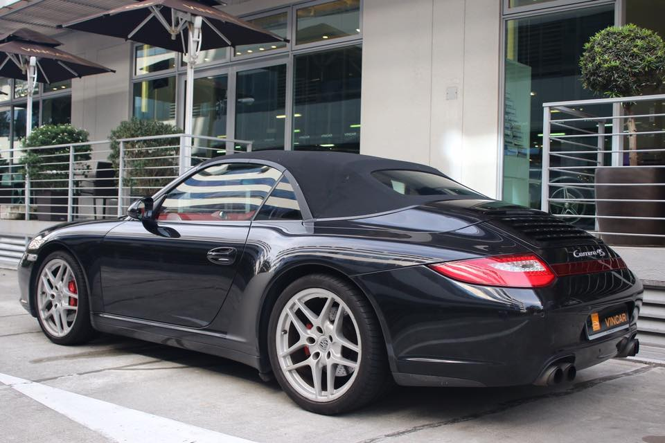 Don't hail a cab! Check out this pre-owned Porsche