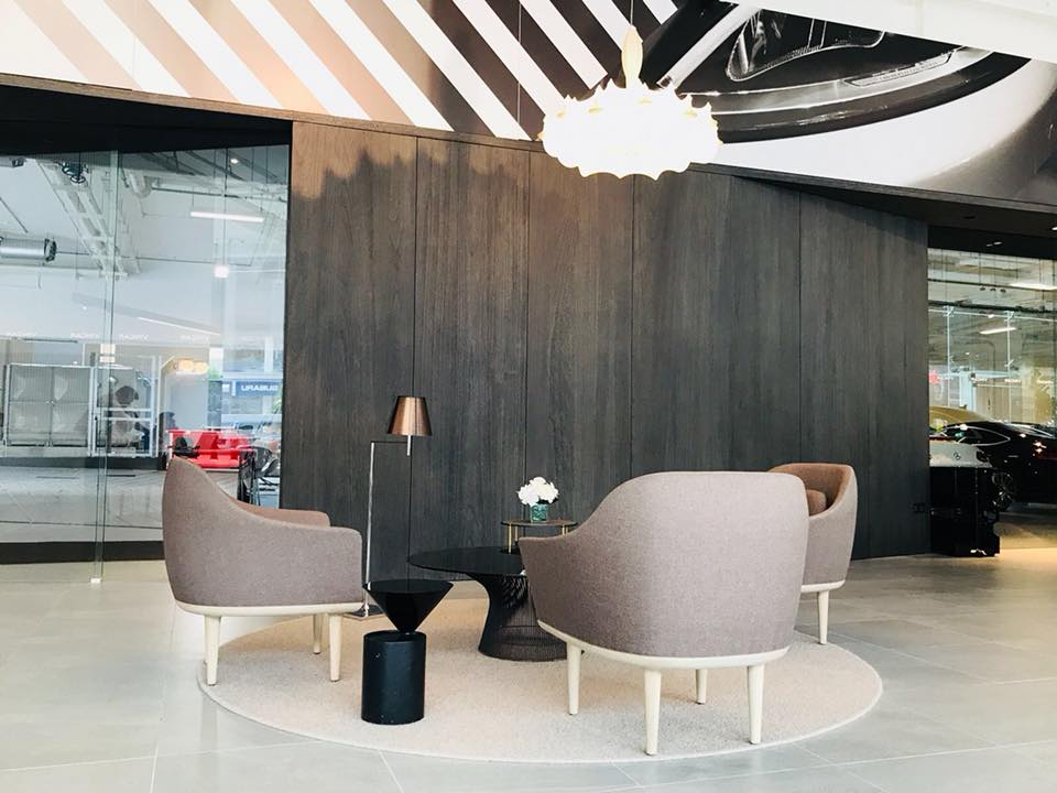 Enjoy a comfortable environment at our Leng Kee Showroom