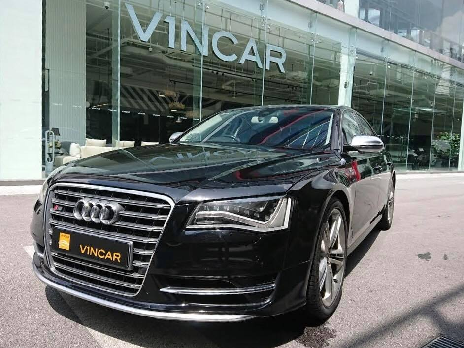 Few sedans are more luxurious than this Audi S8!