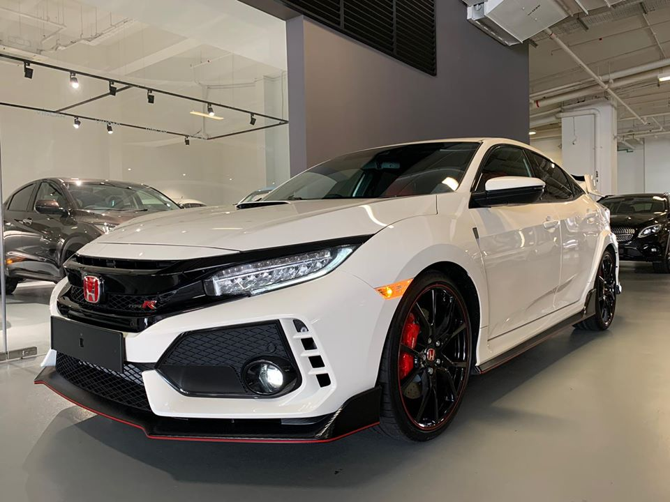 Just arrived in our showroom - Honda Civic Type R GT