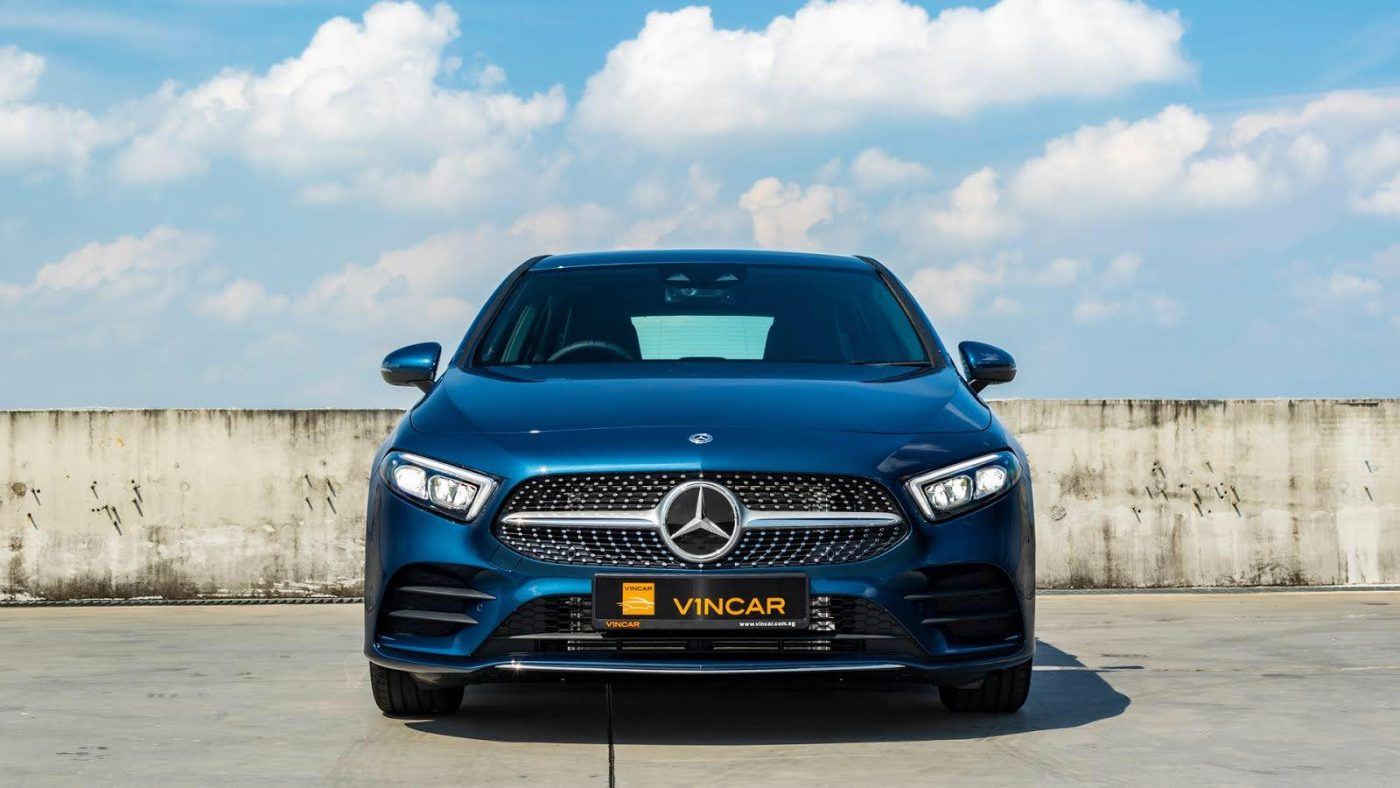 Mercedes-Benz A200 AMG Premium - Front