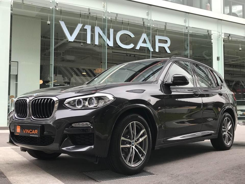 Our BMW X3 xDrive20i is equipped with M Sport goodies