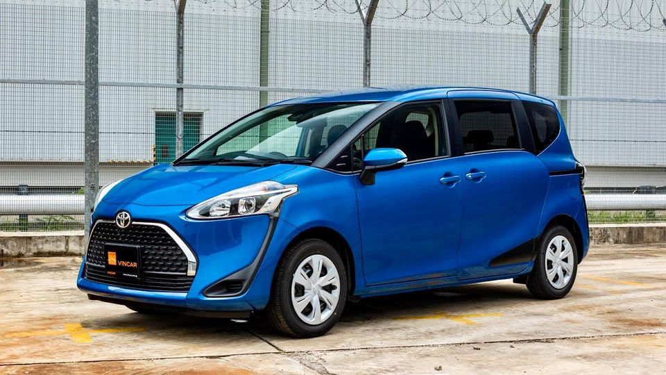 Ride the best MPVs with the colour you want