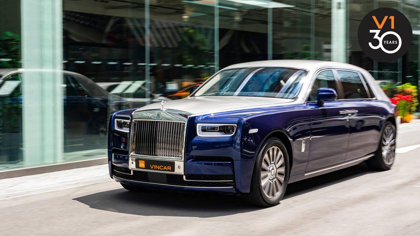 Rolls-Royce Phantom VIII - Front Angle