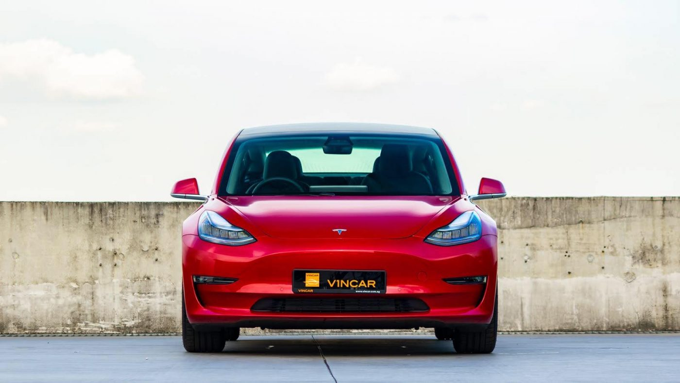 Tesla Model 3 Standard Plus - Front