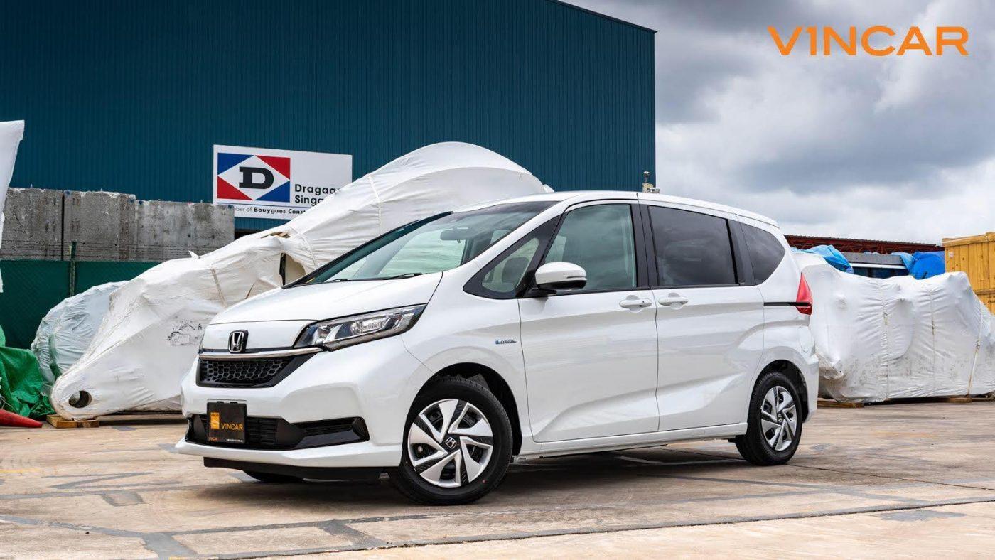 The latest 2020 Honda Freed 1.5G Hybrid Sensing!-7