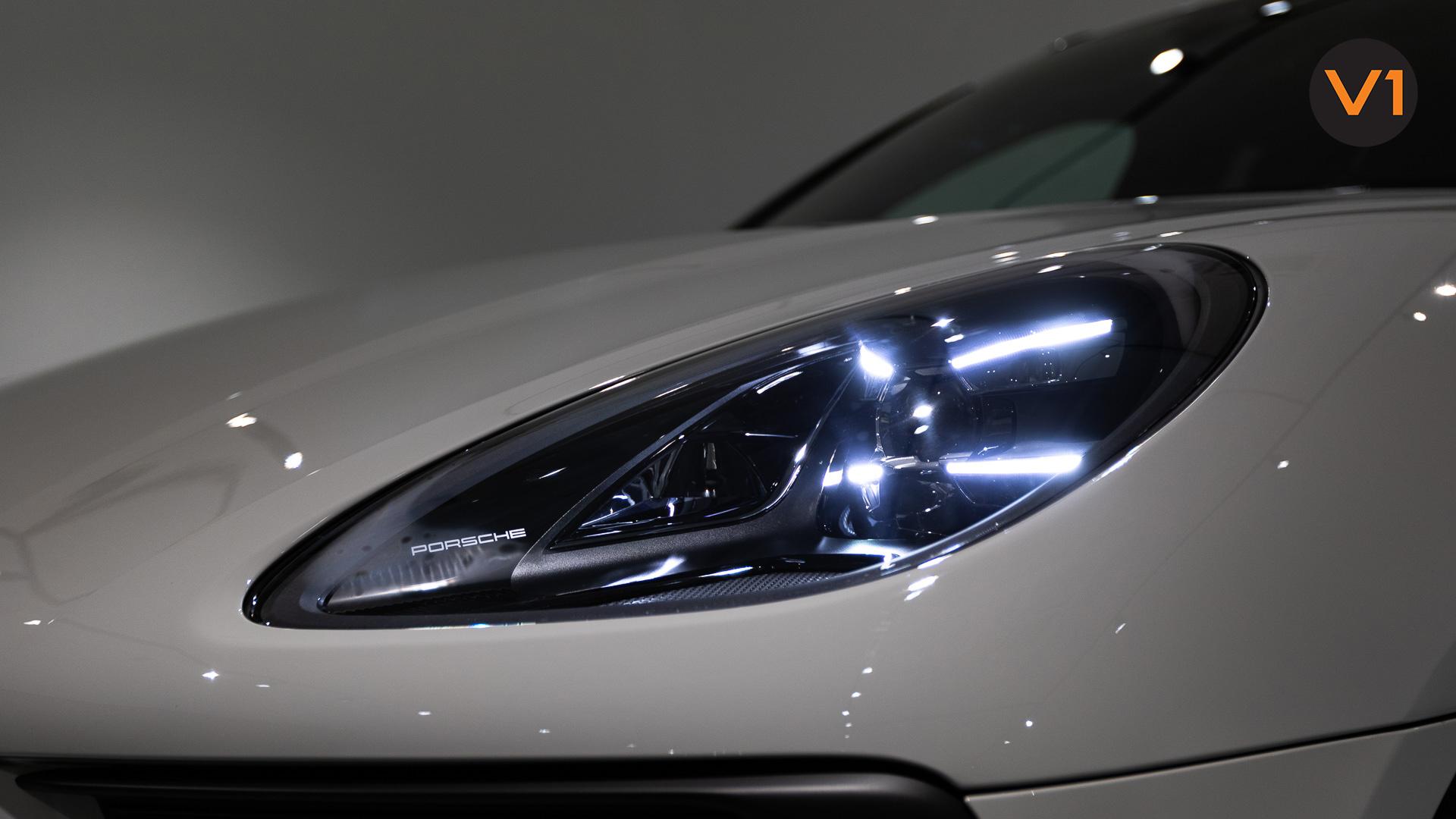 Porsche Macan GTS - Headlamp