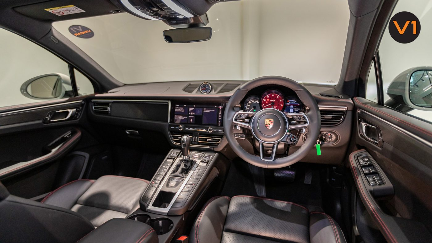 Porsche Macan GTS - Interior Dash