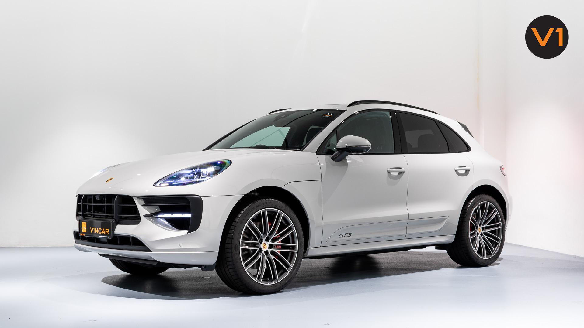 Porsche Macan GTS - Side Profile